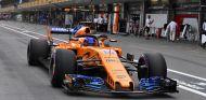 Fernando Alonso en Bakú - SoyMotor.com