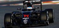 Fernando Alonso en los test del Circuit de Barcelona-Catalunya - LaF1