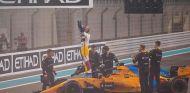 Fernando Alonso al final del GP de Abu Dabi - SoyMotor