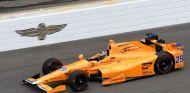 Alonso en el test de Indianápolis - SoyMotor.com