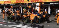 McLaren se la jugó en Hockenheim y puso intermedios muy pronto - SoyMotor