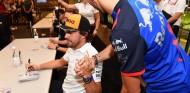Fernando Alonso y Pierre Gasly en una imagen de archivo - SoyMotor.com