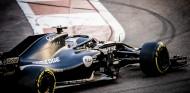 Alonso sigue a la espera del permiso para probar en Abu Dabi - SoyMotor.com