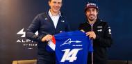 OFICIAL: Fernando Alonso renueva con Alpine para 2022 - SoyMotor.com