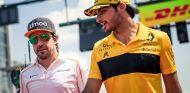 Fernando Alonso y Carlos Sainz en Hungaroring - SoyMotor.com