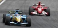 Alonso y Briatore resaltan el valor humano en la F1 con una anécdota del GP de Brasil 2004 - SoyMotor.com