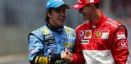 Fernando Alonso y Michael Schumacher en Interlagos - SoyMotor.com