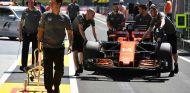 El MCL32 de Fernando Alonso en Hungría - SoyMotor.com
