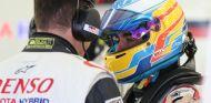 Alonso durante un test con Toyota - SoyMotor.com
