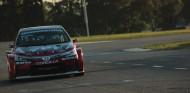 Fernando Alonso despliega su magia con el Corolla en Argentina - SoyMotor.com