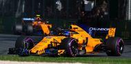 Fernando Alonso y Stoffel Vandoorne en Australia - SoyMotor.com
