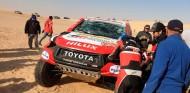 VÍDEO: Vuelco y dos vueltas de campana de Alonso en la Etapa 10 - SoyMotor.com