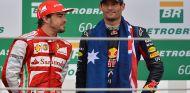 Fernando Alonso y Mark Webber en Brasil - SoyMotor.com