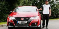 Honda Civic Type R y Fernando Alonso, buena combinación - SoyMotor