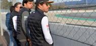"Alonso vuelve al paddock F1, pero está ""centrado en Indianápolis"" – SoyMotor.com"