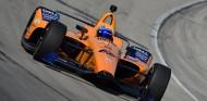 Alonso entra en acción con su McLaren 66 en un test en Texas – SoyMotor.com