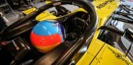 """Alonso da pistas de su casco de 2021: """"Revisad los de hace 14-15 años"""" - SoyMotor.com"""