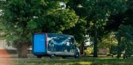 La furgoneta eléctrica de Amazon y Rivian se deja ver en Estados Unidos - SoyMotor.com