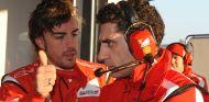 Fernando Alonso y Andrea Stella - LaF1