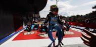 Arjun Maini se impone en la segunda carrera de la GP3 en Barcelona - SoyMotor.com