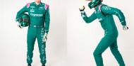 Corre el maratón de Londres vestido de piloto de F1 para recaudar dinero - SoyMotor.com