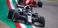 Gasly y Leclerc en los libres del GP Made in Italy y de la Emilia Romaña 2021 - SoyMotor.com