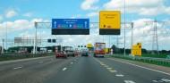 Holanda quiere limitar las autopistas a 100 kilómetros/hora - SoyMotor.com