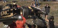Así ha quedado el Lotus E23 de Pastor Maldonado tras el accidente - LaF1