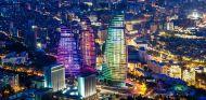 Las 'Flame Towers' son una de las señas de identidad de la ciudad de Bakú - LaF1