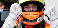Vroom Women Awards: Belén García, mejor piloto femenina de karting 2020 - SoyMotor.com
