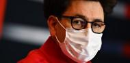 Binotto cierra la puerta de Ferrari a Verstappen - SoyMotor.com