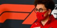 Binotto anuncia que no viajará al Gran Premio de Baréin  - SoyMotor.com