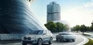 BMW Concept iX3 y BMW i Vision Dynamics - SoyMotor.com