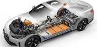 BMW dice 'basta' al aumento de la autonomía de los coches eléctricos - SoyMotor.com