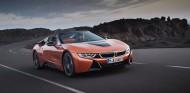 BMW i8 Roadster 2018 - SoyMotor