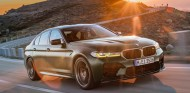 BMW M5 CS 2021: el Serie 5 más radical da la cara - SoyMotor.com