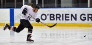 Bottas disfruta del hockey sobre hielo antes del GP de Canadá - SoyMotor.com
