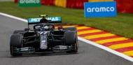 Doblete Mercedes en los Libres 1 de Bélgica con Verstappen a 81 milésimas - SoyMotor.com