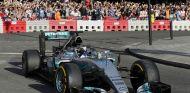 """Bottas, sobre Hamilton: """"Podemos decidir a qué eventos vamos"""" - SoyMotor.com"""