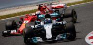 Valtteri Bottas taponó durante unas vueltas a Sebastian Vettel - SoyMotor.com