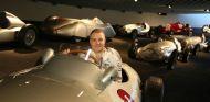 Bottas visita el Museo de Mercedes en Stuttgart - SoyMotor