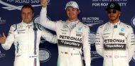 Bottas, Rosberg y Hamilton durante el GP de Rusia 2015 - SoyMotor