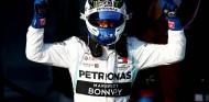 Valtteri Bottas celebra la victoria en el GP de Australia - SoyMotor