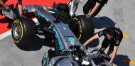 Valtteri Bottas durante los tests de Hungría - SoyMotor