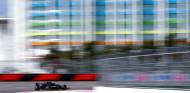 Bottas sigue en forma en los Libres 2 de Rusia; Red Bull, atrás - SoyMotor.com