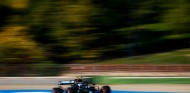 """Bottas se impone a Hamilton en Imola: """"Nunca es fácil hacer la Pole"""" - SoyMotor.com"""