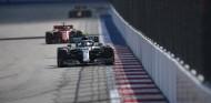 Mercedes afirma estar de Ferrari tras lograr su octavo doblete de 2019 – SoyMotor.com