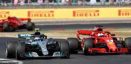 Valtteri Bottas y Sebastian Vettel en Silverstone – SoyMotor.com