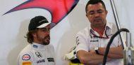Boullier y Alonso en una imagen de archivo de 2015 - SoyMotor.com