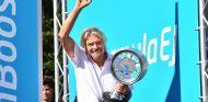 Richard Branson en el podio del ePrix de Londres 2015 – SoyMotor.com